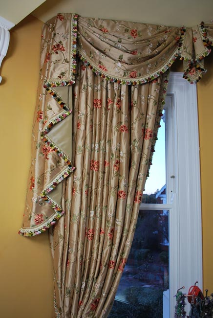 Fashion & Furnishing/Curtain Making